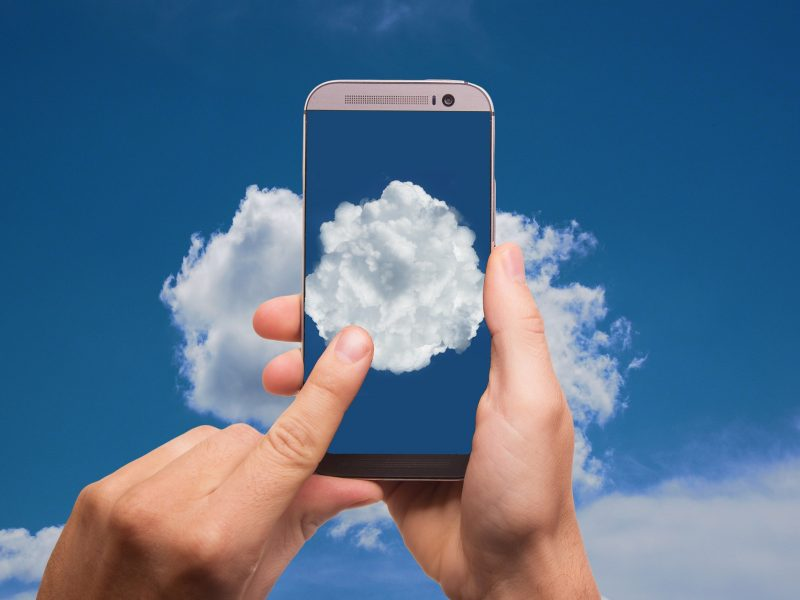 cloud-2537777_1920